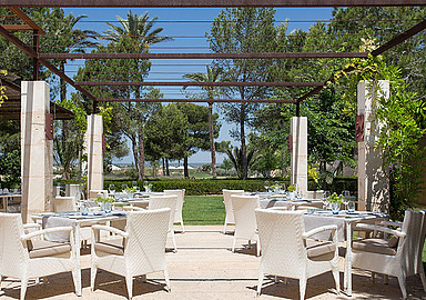 Sunny outside lunch at the restaurant of wellness Hotel Font Santa