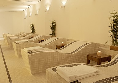 Relaxation area at Wellness Hotel Blancafort Spa Termal in Spain