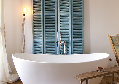 Design bathtub for ultimate relaxation during your wellness holiday in Mallorca