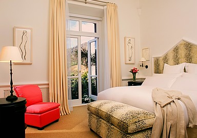 Luxury rooms for your detox program at Villa Padierna Termas Hotel, Spain