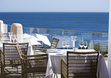 Dining with a view at Wellness Resort Thalasso Vilalara Longevity in Portugal