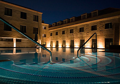 Thermal water pool of Villa de Olmedo Spa and Wellness Hotel, offered by SIS Spa In Spain