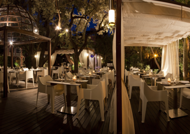 Romantic dining at Wellness Hotel Blancafort Spa Termal in Spain