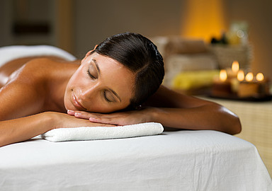 Relax and pampering healthy weekend in Healthouse Las Dunas in Spain, offered by SIS Spa In Spain