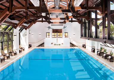 Unlimited access to the indoor and outdoor pools during your health programs in the Algarve, offered by SIS